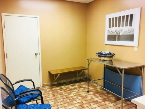 Elgin - Exam Room